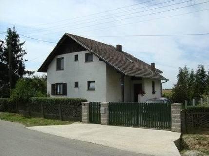 PHR0077_mvc-001f.jpg alleinstehendes Familienhaus in Vrbovec