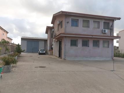 PI0341_mvc-001f.jpg Vielseitige Wohn/Gewerbe-Immobilie auf Sardinien