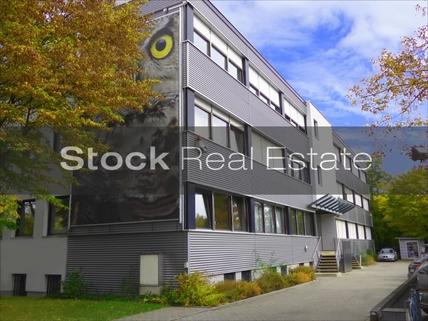 FrontansichtJPG STOCK - Moderne Büroeinheit mit praktischem Grundriss