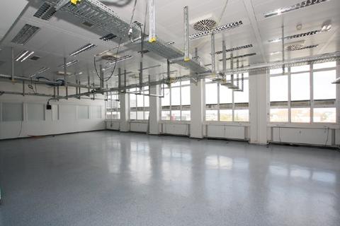 Werkstatt Labor STOCK - Sie suchen eine günstige Loftfläche - provisionsfrei!