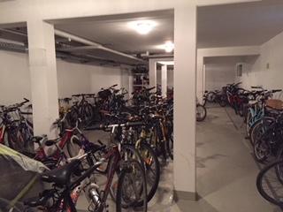 Fahrradkeller Riem: großzügige 4 Zimmer Wohnung zu verkaufen