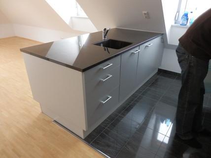 Küche Bild 2 Sonnige 1 ½ -Zi.-DG – Wohnung in Alt-Obermenzing