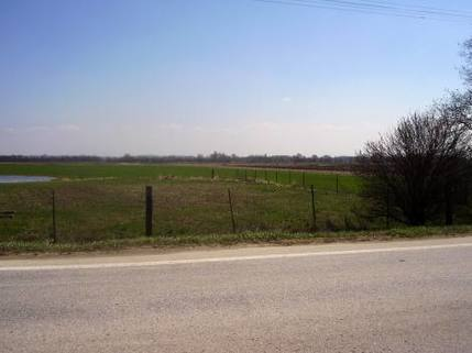 PSK0022_mvc-001f.jpg Lukratives Grundstück in Südslowakei , gute Lage