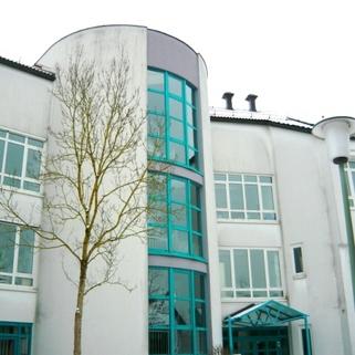 Fassadenausschnitt1 STOCK - Perfekte Arbeitsatmosphäre - Provisionsfrei!