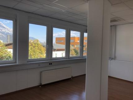 IMG_0330 klimatisiertes Büro im Businesspark Innsbruck Top 2-20