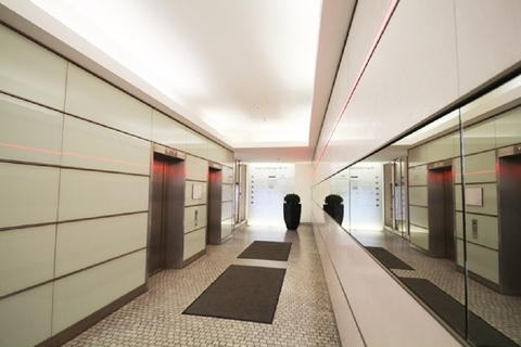 Foyer STOCK - PROVISIONSFREI - ab in den Arabellapark!