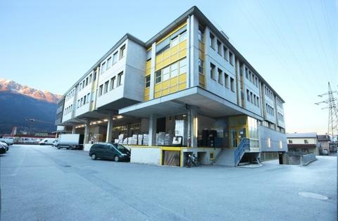 IMG_Feldstraße_05_112016_bearbeitet Gewerbeflächen in Innsbruck - ehemaliges Depot des Tiroler Landesmuseum