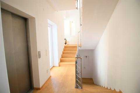 Bild 5 Besonderes Anwesen mit Donaublick