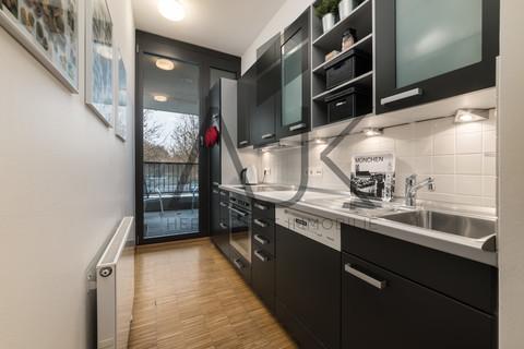 Einbauküche im Preis inkludiert Beste Ludwigsvorstadt: Zwei-Zimmer,   Loftcharakter - 13qm Süd/West Loggia, Keller/TG - bezugsfrei!