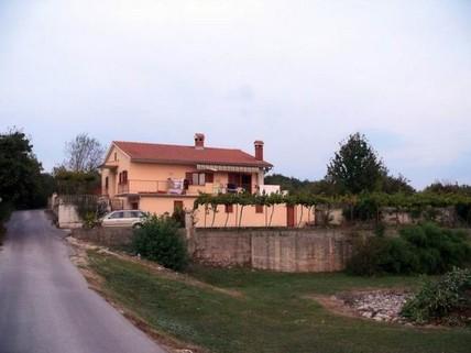 PHR0115_mvc-001f.jpg Einfamilienhaus