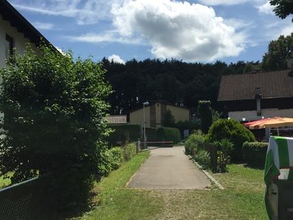 vom See zum Grundstück Wohnen am Wörthsee mit Seeblick, ca. 500 m² Grundstück mit Bestand