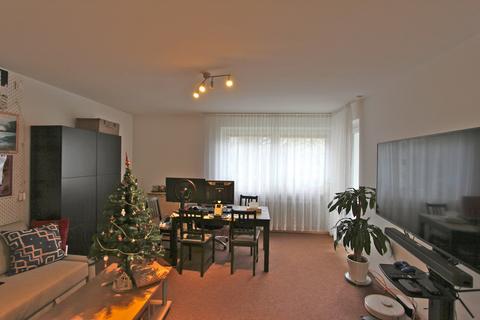 Wohnzimmer Ideal geschnittene 3-Zimmer-Wohnung in ruhiger, grüner Lage nahe Lerchenauer See