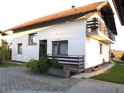 N13670003_mvc-001f.jpg Schönes Zweifamilienhaus