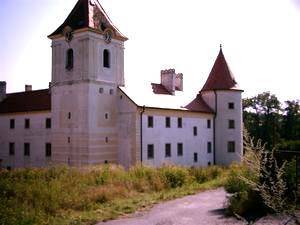 N1430297_mvc-001f.jpg Herrliches Schloss mit Innenhof in Südböhmen