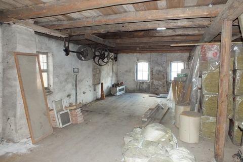 Bodenraum im Nebengebäude Ehemalige Gaststätte mit Nebengebäude in Uehlfeld... Handwerker und Sanierer aufgespasst!
