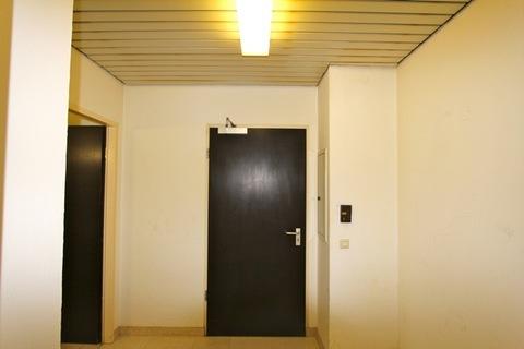 Flur: Eingangsbereich Attraktive Gewerbeeinheit in ruhiger Innenhof-Lage nahe Kustermannpark