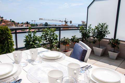 Terrasse Franz Riviera nähe Monaco: Hochwertie neue Penthaus Whg. mit Meerblick zu verkaufen