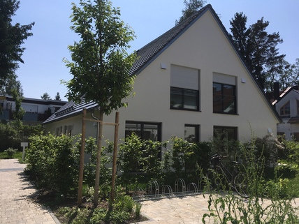 Ansicht Stadthäuser Stadthaus mit eigenem Garten in ruhiger Lage