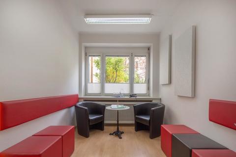 Coachingraum Mieterprovisionsfrei: Büro mit 2 Arbeitsplätzen in zentraler MÜNCHEN-CITY-LAGE in Businesscenter an der ISAR
