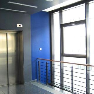 Treppenhaus Modern und flexibel gestaltbar ... Büros in Unterföhring