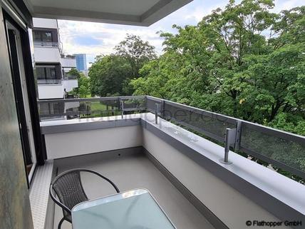 Bild 12 FLATHOPPER.de - Helle 2-Zimmer-Wohnung in Schwabing mit Balkon
