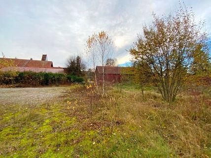 Blick nach Süden Idyllisches Grundstück für das selbstgenutzte Eigenheim<br /> zur Bebauung für ortsansässige Penzinger