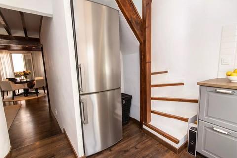 Aufgang private Dachterrasse in der Küche Trend Zweitwohnsitz: Charmantes Penthouse mit privater Dachterrasse in der Altstadt von Palma