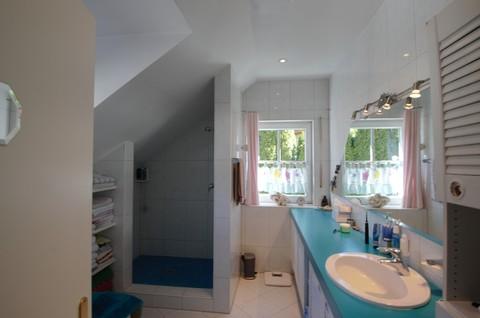 Badezimmer Waldtrudering: Gepflegte Doppelhaushälfte, absolut ruhig gelegen