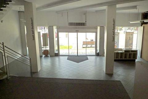 Erdgeschoss Büroräume/Laden in bester Lage in Regen zu vermieten