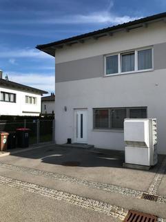 Doppelhaushälfte mit Luftwärmepumpe Gunskirchen Sofort beziehbar Doppelhaushälfte neuwertig mit Pool und Garage