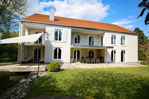 Bild 1 Einzigartige Villa in Bestlage