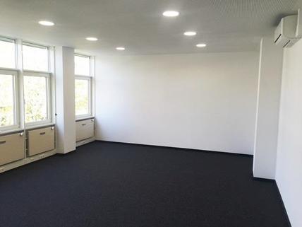 Teambüro STOCK - PROVISIONSFREI - Helle Büroflächen vor den Toren Münchens