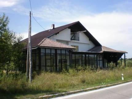 PRD6942_mvc-001f.jpg Einfamilienhaus mit Gaststätte in Kroatien