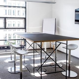 Besprechung 2, Beispiel Repräsentative Büros in chicem Neubau