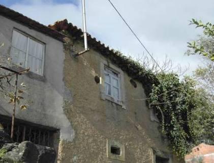 BM0084_mvc-001f.jpg Traditionelles Sicht- Natursteinhaus in erhöhter Lage