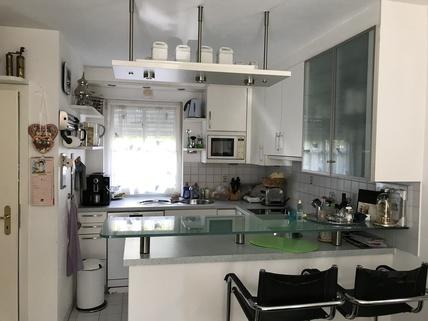 Küche Waldtrudering: Gepflegte Doppelhaushälfte, absolut ruhig gelegen