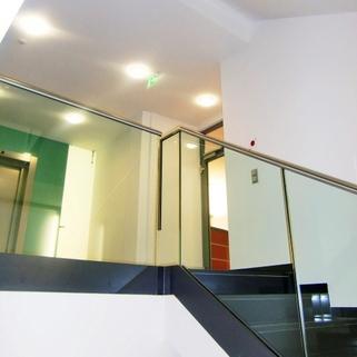 Treppenhaus3 Moderner Standard zum moderaten Preis