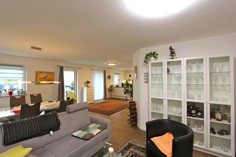 offener Wohn-/Essbereich -VERKAUFT- Neuwertiges Einfamilienhaus mit großem Garten in Ortsrandlage von Feldkirchen