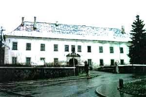 N1430321_mvc-001f.jpg Renaissance Schloss in Orlicke Gebirgen zur Renovation
