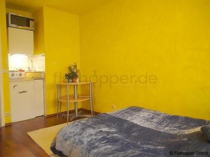 Bild 2 FLATHOPPER.de - Apartment mit Balkon in München - Neuhausen