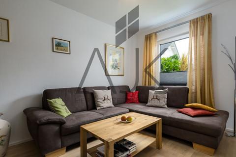 TV - drittes Zimmer Exklusive 3,5 Zimmer Gartenwohnung mit Souterain, Sauna und Privatgarten verkauft.