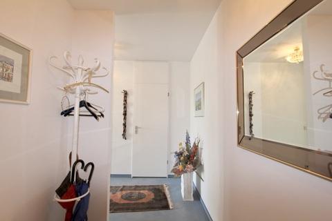 Flurbereich RESERVIERT !!! ERBBAURECHT: 2-Zimmer-Wohnung mit Balkon in ruhiger, zentraler Lage Haidhausen nahe Gasteig