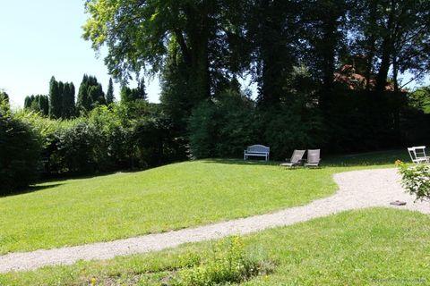 Garten Absolute Rarität-Charmante denkmalgeschützte Villa in schöner Lage am Westufer des Starnberger Sees