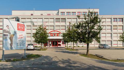 Aussenansicht3 Schönes möbliertes 3-Raum Büro mit Küche und Archiv im GTZ-Wels, TOP 81