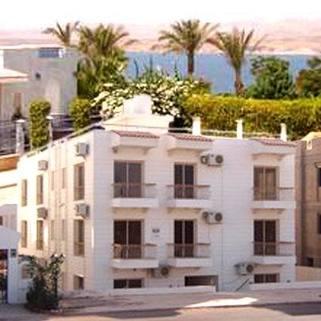 PET0009_mvc-001f.jpg Haus mit 7 Wohnungen und Meerblick (2. Reihe vom Meer)