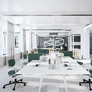 Innen3 Dynamisch im Münchner Osten ... Bürocampus hell, modern und neu revitalisiert