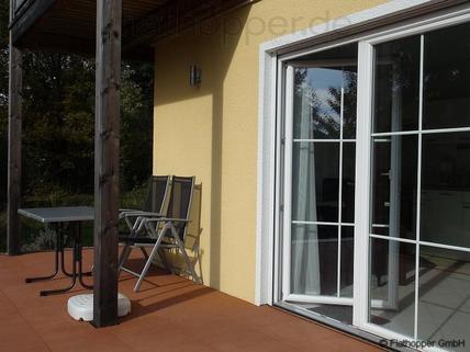 Bild 6 FLATHOPPER.de - Mitten im Grünen: 2-Zimmer-Wohnung mit Terrasse, Garten und Parkplatz in Bad Endorf