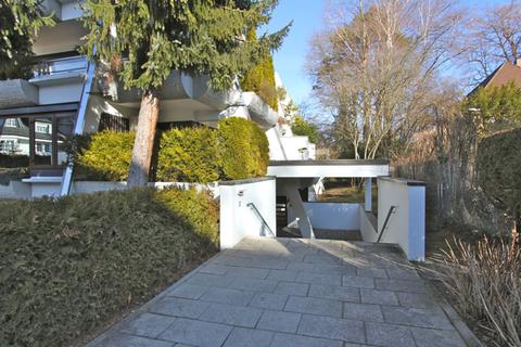 Hauseingang Für Terrassenliebhaber, schöne 2-Zimmer-Wohnung mit 2 großzügigenTerrassen, Bestlage Menterschwaige
