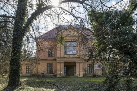 PH0352_mvc-001f.jpg Schloss zum Verkauf in Ungarn mit eigener Thermalquelle!