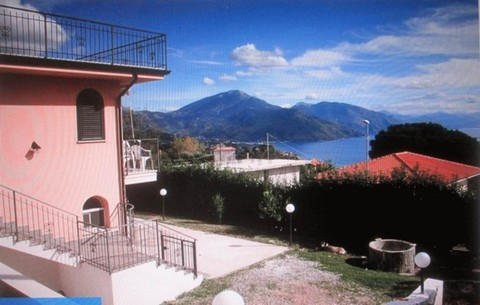 IP0482_mvc-001f.jpg Panorama Villa 1, 5 km von Meer im Park von Cilento.